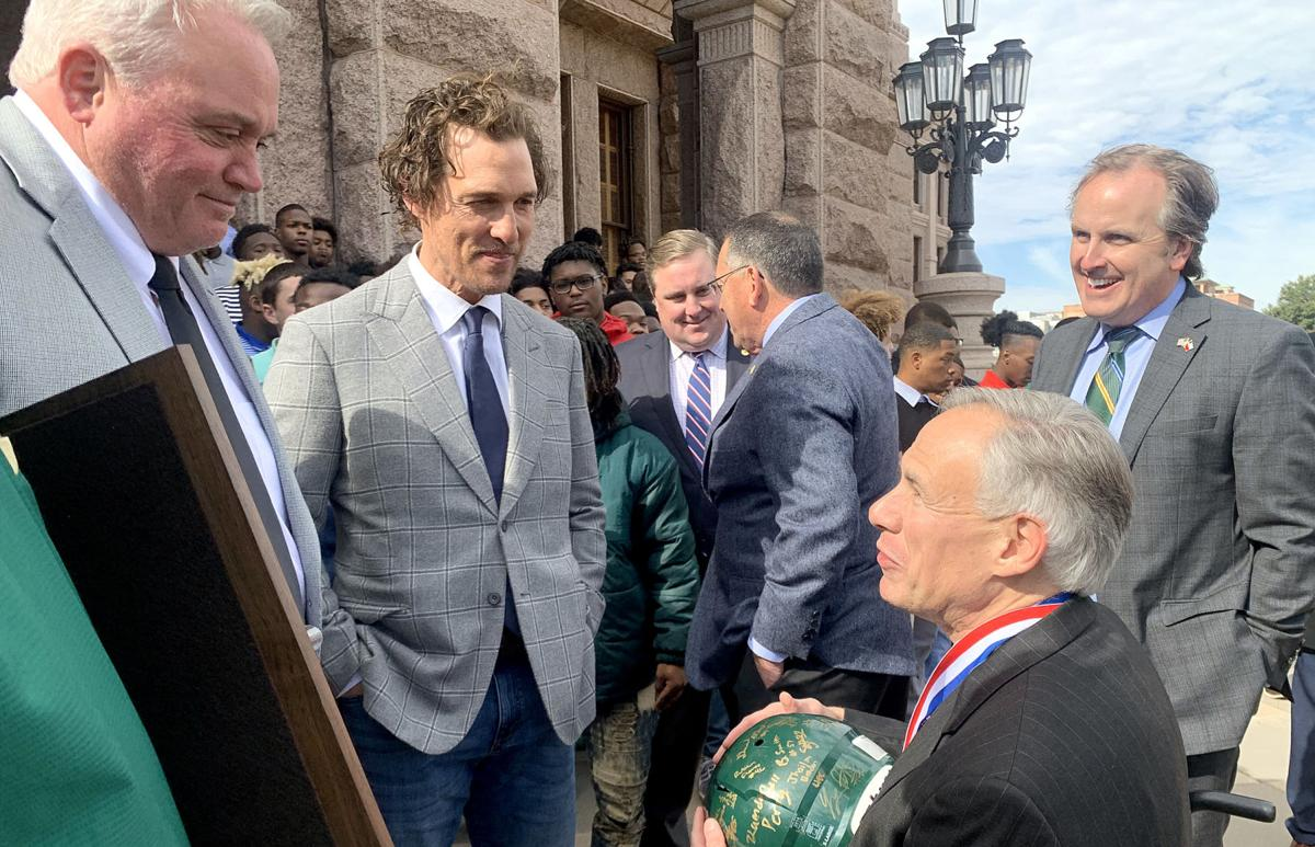 MATTHEW MCCONAUGHEY LOBOS AT THE CAPITOL 2_1551890028027.jpg.jpg